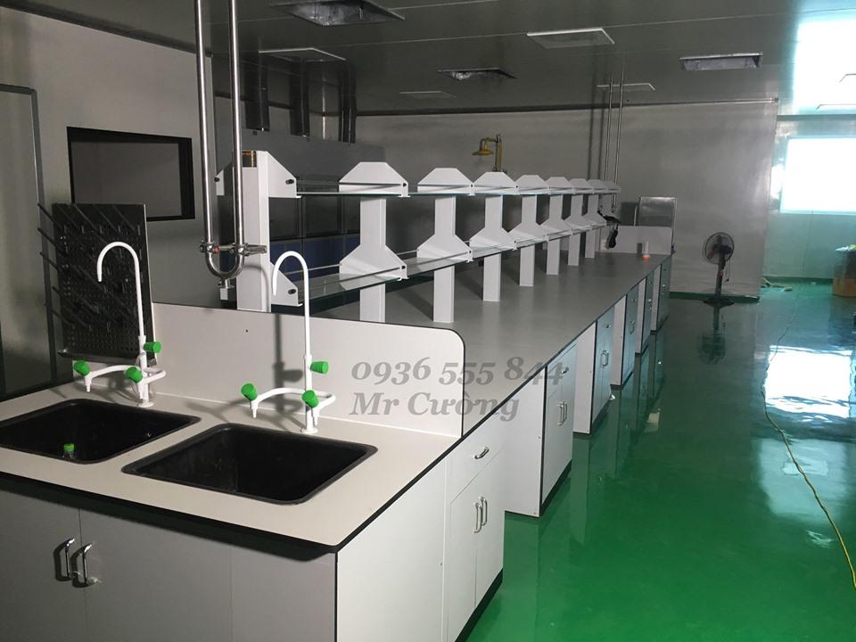Bàn thí nghiệm chống axit (Phenolic)